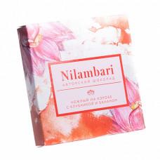 Шоколад Nilambari нежный на кэробе с клубникой и бананом, 65 гр