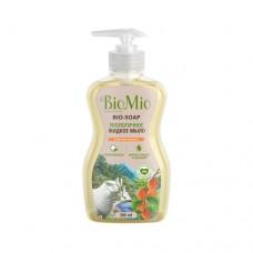 Экологичное жидкое мыло с маслом абрикоса смягчающее, 300 мл