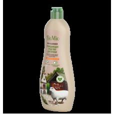 Экологичное средство чистящее для кухни с эфирным маслом апельсина BioMio, 500 мл